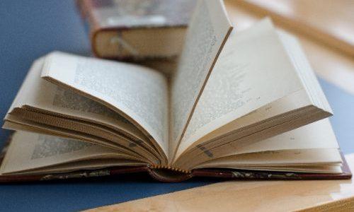 「世界最長」のミステリー小説、二階堂黎人『人狼城の恐怖』を読破せよ!